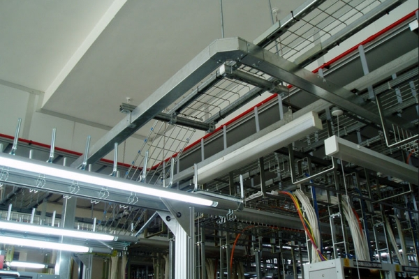 trunking-installation-1-10D6ECCD5-2991-C476-5833-58E1A8A1E5EA.jpg