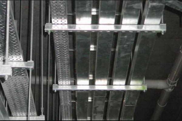 trunking-installation-1CE439DE9-963A-D4D2-D121-A69D2E9AE388.jpg